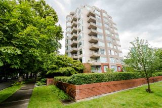 """Photo 2: 403 1566 W 13TH Avenue in Vancouver: Fairview VW Condo for sale in """"ROYAL GARDENS"""" (Vancouver West)  : MLS®# R2080778"""