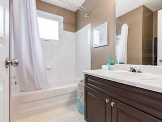 Photo 16: 1 3620 51 Street SW in Calgary: Glenbrook Row/Townhouse for sale : MLS®# C4198558