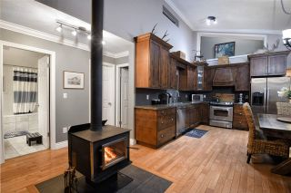 Photo 2: 7720 NIXON Road in Chilliwack: Eastern Hillsides House for sale : MLS®# R2321543