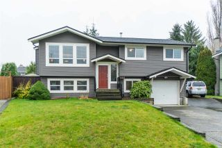 Photo 1: 26832 ALDER Drive in Langley: Aldergrove Langley House for sale : MLS®# R2421514