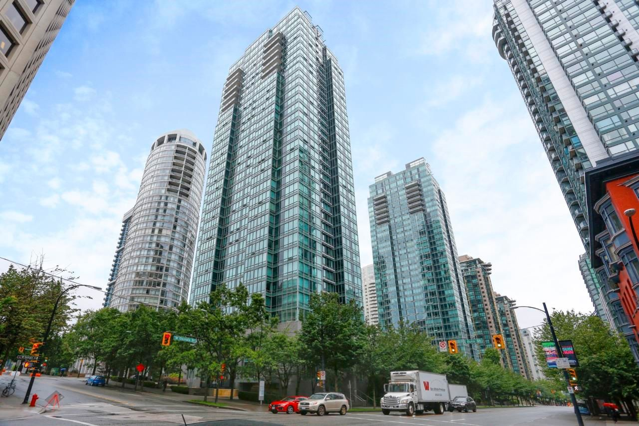 """Main Photo: 2505 1200 W GEORGIA Street in Vancouver: West End VW Condo for sale in """"Residence on Georgia"""" (Vancouver West)  : MLS®# R2613256"""