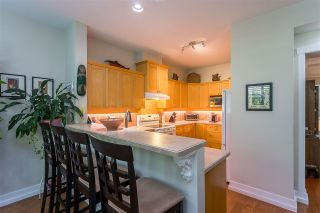 """Photo 4: 122 15500 ROSEMARY HEIGHTS Crescent in Surrey: Morgan Creek Townhouse for sale in """"THE CARRINGTON"""" (South Surrey White Rock)  : MLS®# R2493967"""