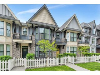 """Photo 2: 20 33460 LYNN Avenue in Abbotsford: Central Abbotsford Townhouse for sale in """"ASTON ROW"""" : MLS®# R2589433"""