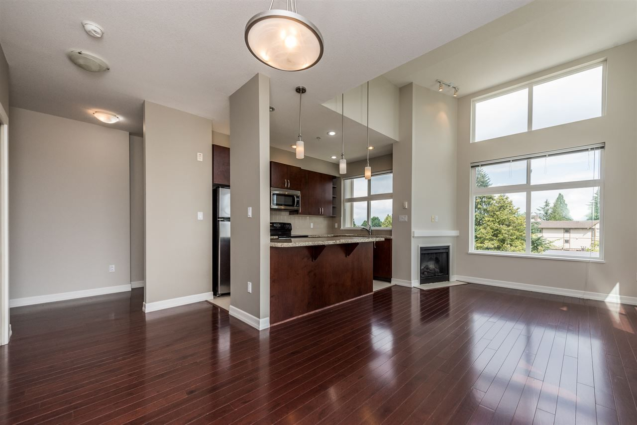 """Photo 4: Photos: 414 10237 133 Street in Surrey: Whalley Condo for sale in """"ETHICAL GARDENS"""" (North Surrey)  : MLS®# R2182809"""