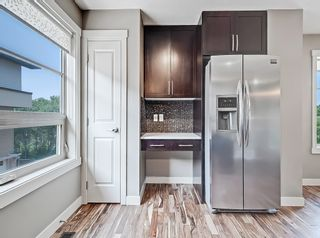 Photo 15: 27 Aspen Hills Common SW in Calgary: Aspen Woods Row/Townhouse for sale : MLS®# A1134206