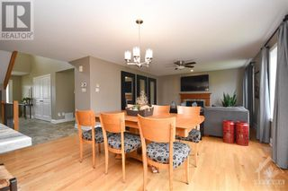 Photo 10: 31 YORK CROSSING ROAD in Russell: House for sale : MLS®# 1261417