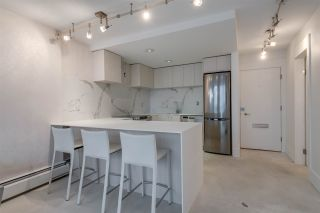 """Photo 16: 302 1251 CARDERO Street in Vancouver: Downtown VW Condo for sale in """"SURFCREST"""" (Vancouver West)  : MLS®# R2352438"""