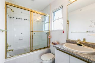 Photo 15: 2426 ST. LAWRENCE Street in Vancouver: Collingwood VE House for sale (Vancouver East)  : MLS®# R2554959