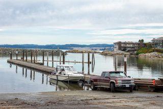 Photo 33: 1123 Munro St in Esquimalt: Es Saxe Point Half Duplex for sale : MLS®# 842474