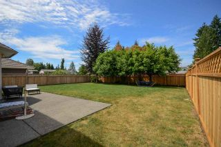 Photo 17: 9031 156A Street in Surrey: Fleetwood Tynehead House for sale : MLS®# R2187617