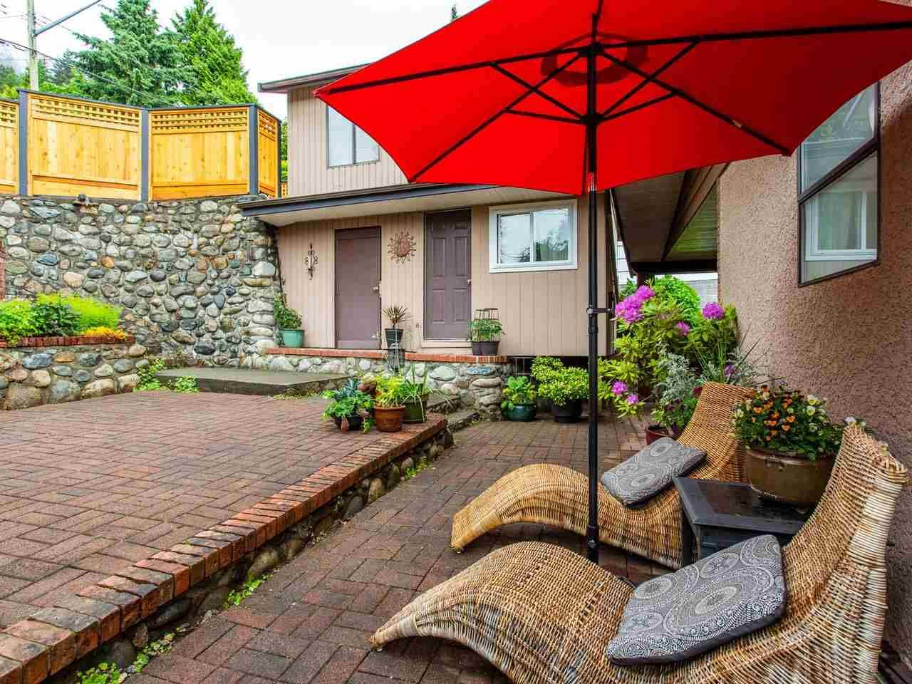Main Photo: 2248 CALEDONIA AVENUE in North Vancouver: Deep Cove House for sale : MLS®# R2459764