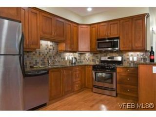 Photo 5: 1 1290 Richardson St in VICTORIA: Vi Fairfield West Row/Townhouse for sale (Victoria)  : MLS®# 490828
