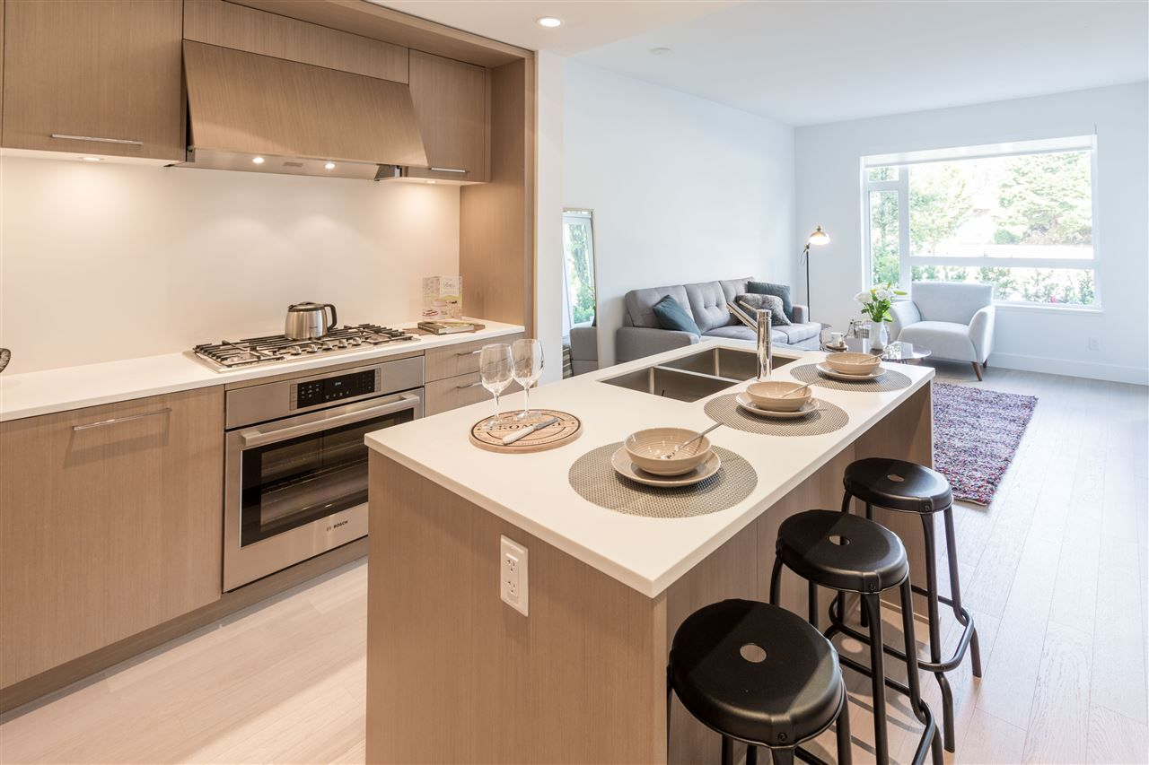 Main Photo: 105 5115 CAMBIE STREET in Vancouver: Cambie Condo for sale (Vancouver West)  : MLS®# R2194308