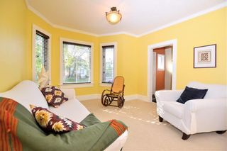 Photo 2: 621 Mulvey Avenue in Winnipeg: Crescentwood Residential for sale (1B)  : MLS®# 202000366