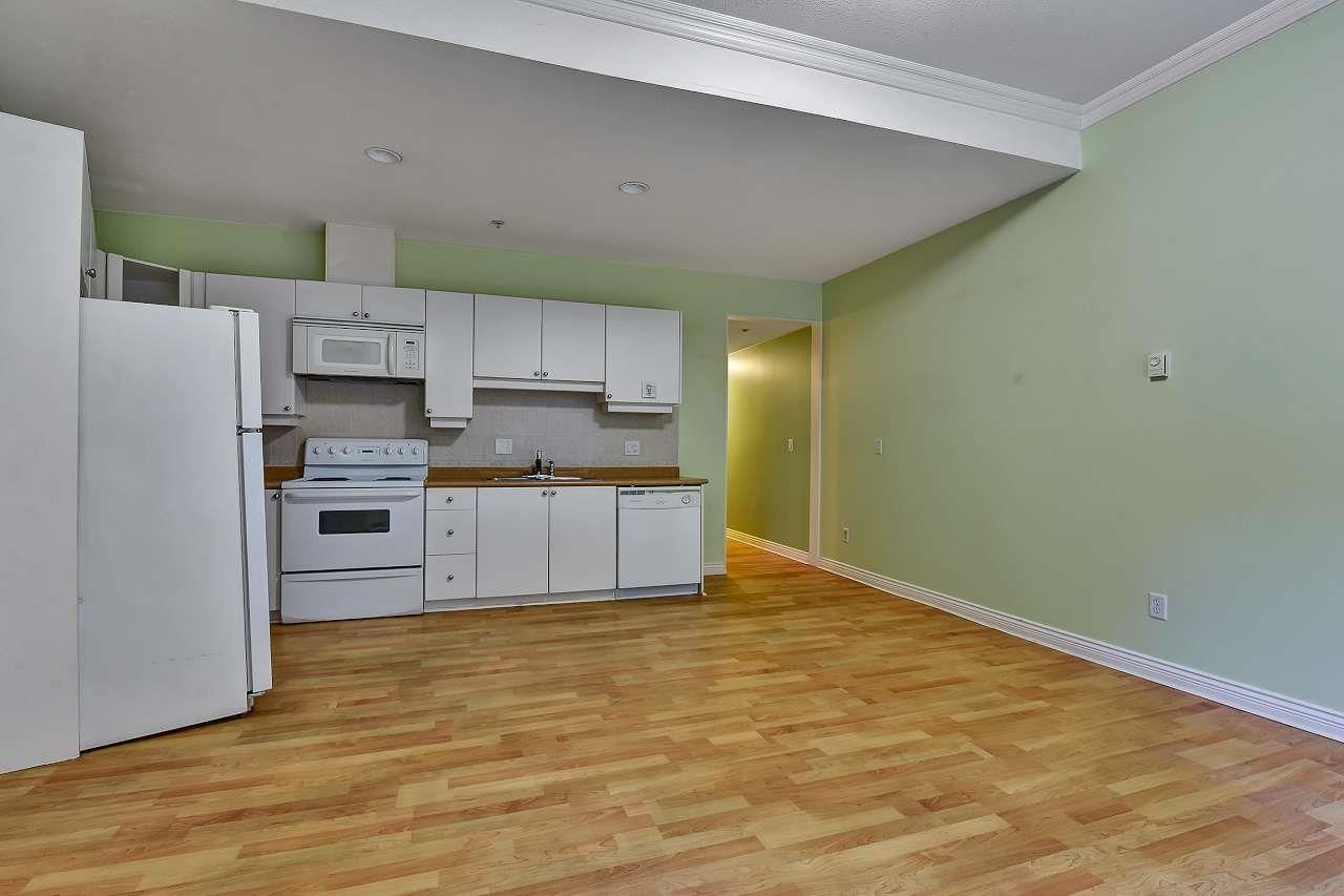 Photo 8: Photos: 2114 TRIUMPH Street in Vancouver: Hastings Condo for sale (Vancouver East)  : MLS®# R2601886