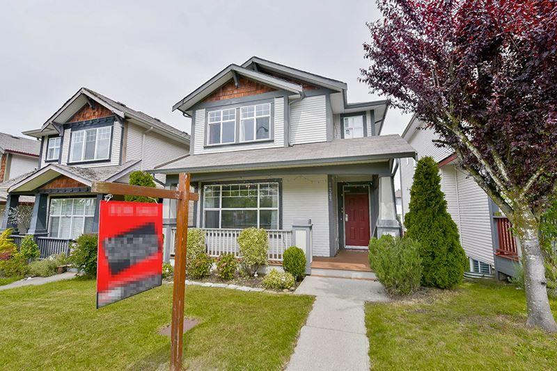 Main Photo: 24327 102 AVENUE in Maple Ridge: Albion House for sale : MLS®# R2082906