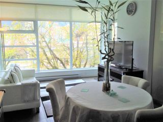 Photo 4: 303 2550 SPRUCE Street in Vancouver: Fairview VW Condo for sale (Vancouver West)  : MLS®# R2198621