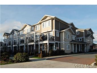 Main Photo: 104 842 Brock Ave in VICTORIA: La Langford Proper Row/Townhouse for sale (Langford)  : MLS®# 507331