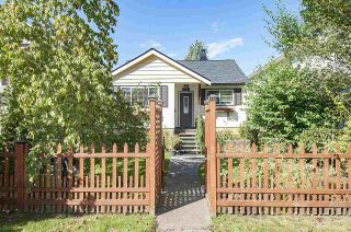 Photo 1: 2785 E 15TH Avenue in Vancouver: Renfrew Heights House for sale (Vancouver East)  : MLS®# R2107730