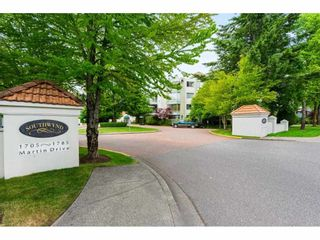 """Photo 2: 209 1785 MARTIN Drive in Surrey: Sunnyside Park Surrey Condo for sale in """"Southwynd"""" (South Surrey White Rock)  : MLS®# R2591811"""