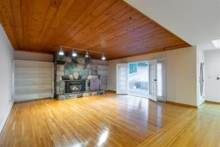 "Photo 19: 301 N HYTHE Avenue in Burnaby: Capitol Hill BN House for sale in ""CAPITOL HILL"" (Burnaby North)  : MLS®# R2531896"