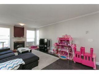 """Photo 4: 313 33728 KING Road in Abbotsford: Poplar Condo for sale in """"College Park Place"""" : MLS®# R2107652"""