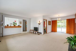 Photo 6: 6905 HYCREST DRIVE in Burnaby: Montecito House for sale (Burnaby North)  : MLS®# R2058508