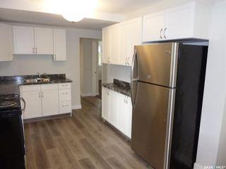 Photo 5: 2501 Edward Street in Regina: River Heights RG Residential for sale : MLS®# SK868012