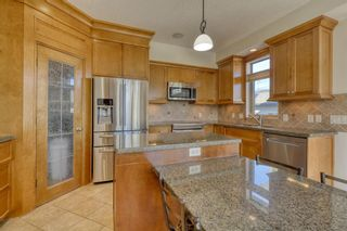 Photo 9: 400 53 Avenue SW in Calgary: Windsor Park Semi Detached for sale : MLS®# A1150356