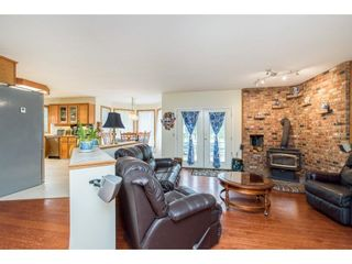 Photo 12: 28344 HARRIS Road in Abbotsford: Bradner House for sale : MLS®# R2612982