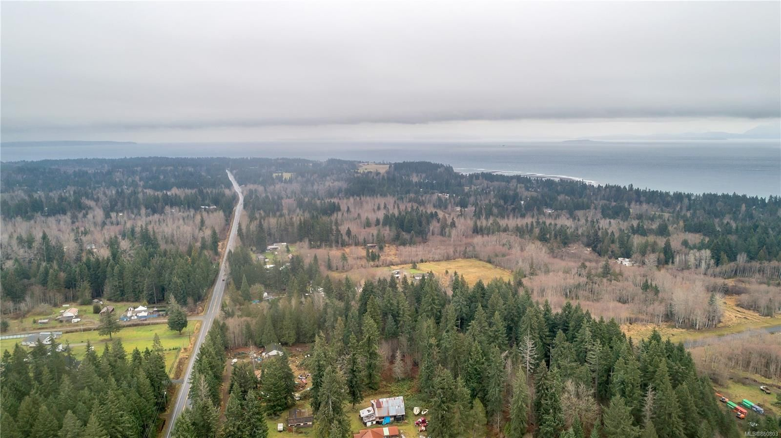 Photo 18: Photos: 8712 N Island Hwy in : CV Merville Black Creek Other for sale (Comox Valley)  : MLS®# 860803