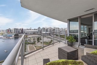 Photo 4: 2105 120 MILROSS Avenue in Vancouver: Downtown VE Condo for sale (Vancouver East)  : MLS®# R2617416