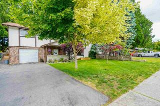Photo 2: 20145 44 Avenue in Langley: Langley City House for sale : MLS®# R2591036