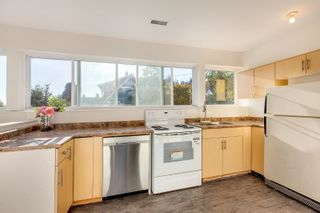Photo 20: 2418 NELSON Avenue in West Vancouver: Dundarave House for sale : MLS®# R2619283