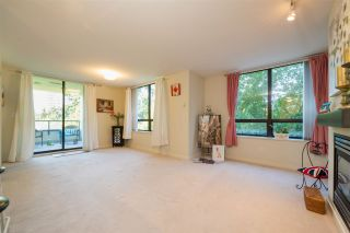"""Photo 10: 306 4333 CENTRAL Boulevard in Burnaby: Metrotown Condo for sale in """"PRESIDIA"""" (Burnaby South)  : MLS®# R2480001"""