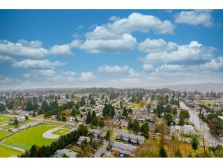 """Photo 22: 2504 10777 UNIVERSITY Drive in Surrey: Whalley Condo for sale in """"City Point"""" (North Surrey)  : MLS®# R2539376"""