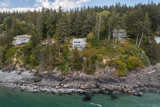 Photo 3: 2576 Seaside Dr in : Sk French Beach House for sale (Sooke)  : MLS®# 876846