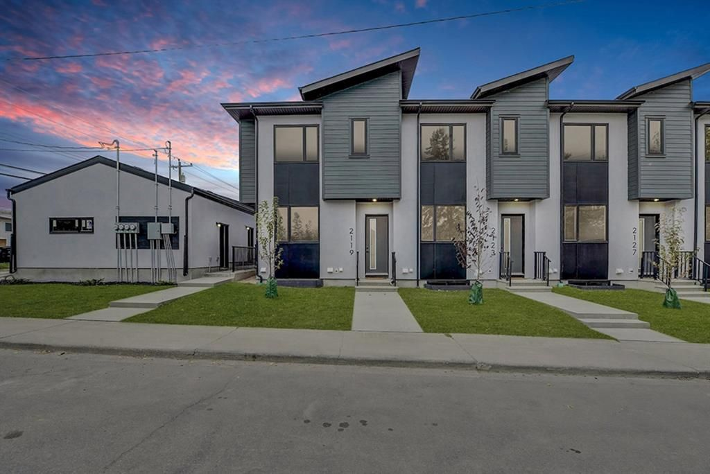 Main Photo: 2119 12 Street NW in Calgary: Capitol Hill Row/Townhouse for sale : MLS®# A1056315