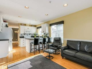 "Photo 3: 52 1370 RIVERWOOD Gate in Port Coquitlam: Riverwood Townhouse for sale in ""ADDINGTON GATE"" : MLS®# V1115167"