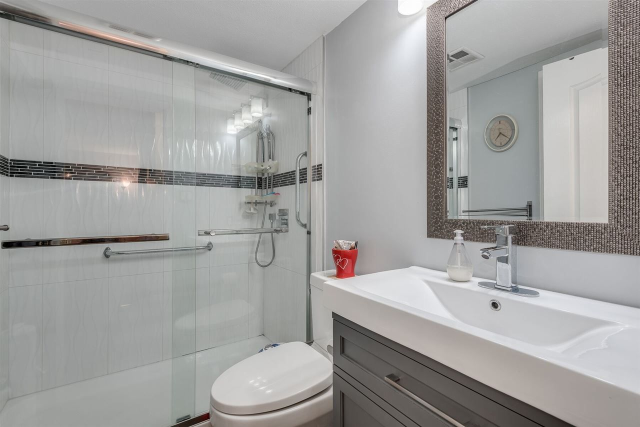 """Photo 12: Photos: 108 3733 NORFOLK Street in Burnaby: Central BN Condo for sale in """"Winchelsea"""" (Burnaby North)  : MLS®# R2400393"""
