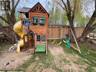 Photo 10: 5235 58 Street in Rocky Mountain House: House for sale : MLS®# A1109864