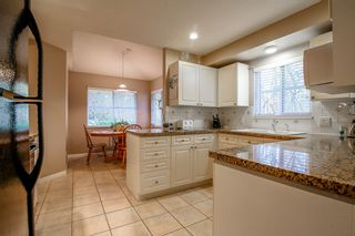 Photo 5: 24 10505 171 Street in Surrey: Fraser Heights Townhouse for sale (North Surrey)  : MLS®# r2029495