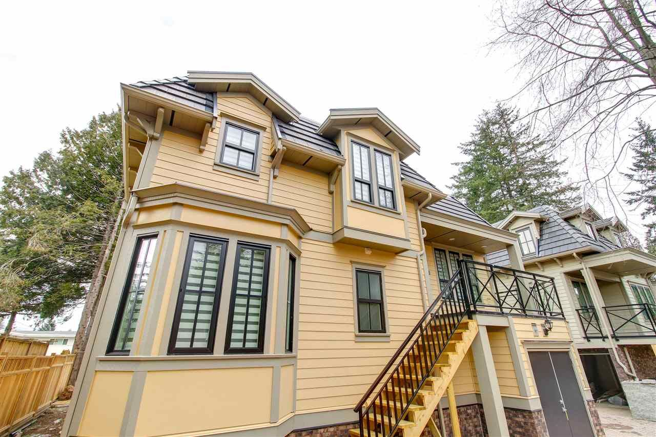 Main Photo: 101 658 HARRISON Avenue in Coquitlam: Coquitlam West Townhouse for sale : MLS®# R2354312