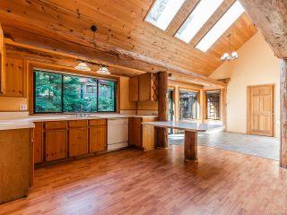 Photo 2: 6691 Medd Rd in NANAIMO: Na North Nanaimo House for sale (Nanaimo)  : MLS®# 837985