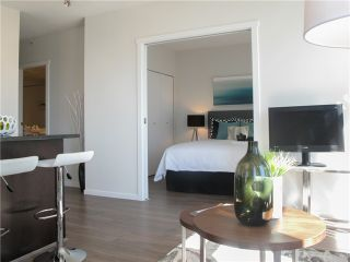 """Photo 3: 1807 1001 HOMER Street in Vancouver: Yaletown Condo for sale in """"The Bentley"""" (Vancouver West)  : MLS®# V1076353"""