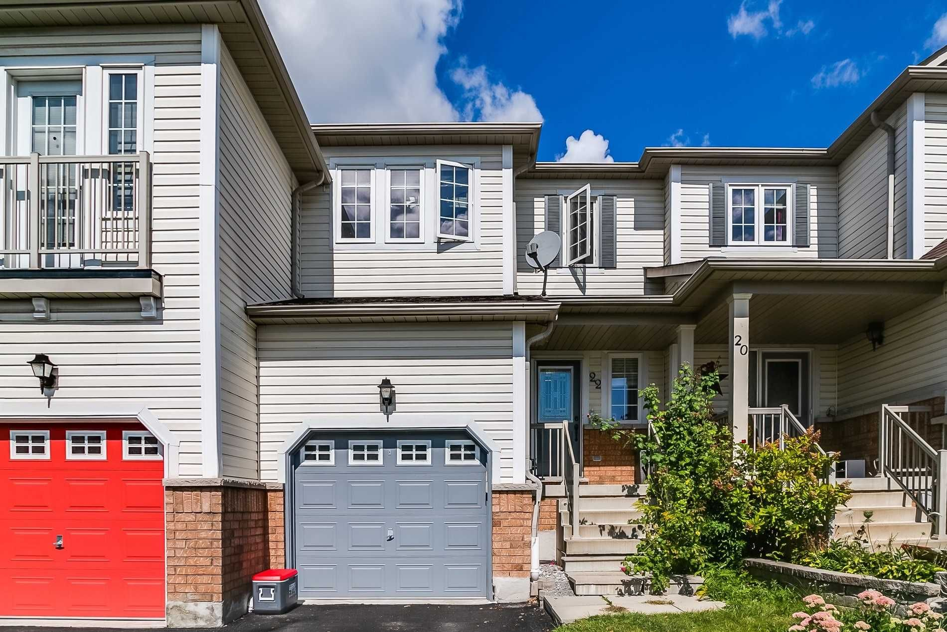 Main Photo: 22 Barkdale Way in Whitby: Pringle Creek House (2-Storey) for sale : MLS®# E5369358