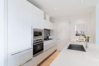 """Photo 10: 807 181 W 1ST Avenue in Vancouver: False Creek Condo for sale in """"BROOK AT THE VILLAGE"""" (Vancouver West)  : MLS®# R2591261"""