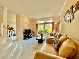 """Photo 4: 32 3405 PLATEAU Boulevard in Coquitlam: Westwood Plateau Townhouse for sale in """"PINNACLE RIDGE"""" : MLS®# R2618663"""