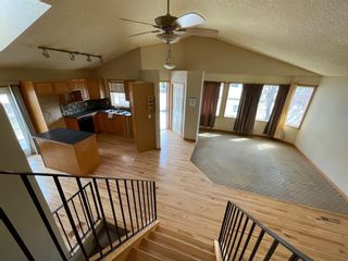 Photo 4: 111 Ridgebrook Drive SW: Airdrie Detached for sale : MLS®# A1102417