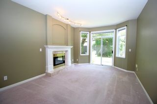 """Photo 2: 19 4740 221 Street in Langley: Murrayville Townhouse for sale in """"Eaglecrest"""" : MLS®# R2383487"""